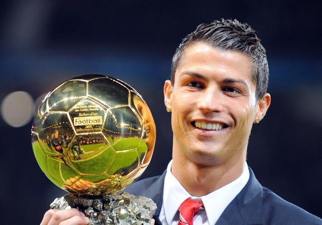 - Delantero más goleador de Europa.