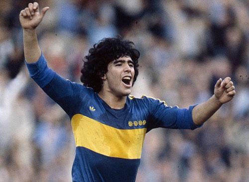 Jugó Maradona.
