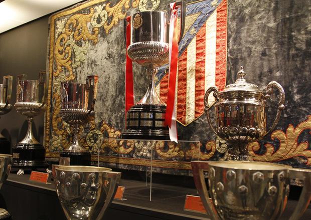 Es el cuarto club español con más títulos oficiales de fútbol.