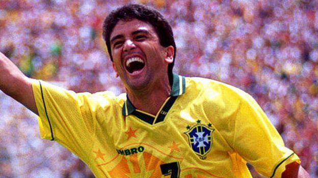 Se proclamó campeón del mundo con Brasil en 1994.