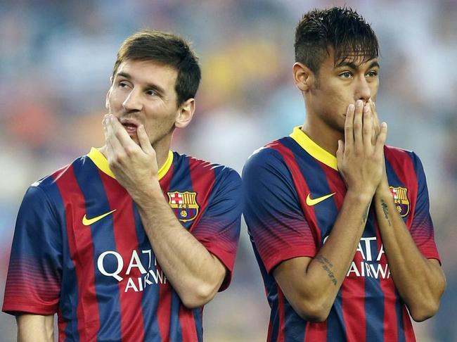 El delantero eclipsa a Messi.