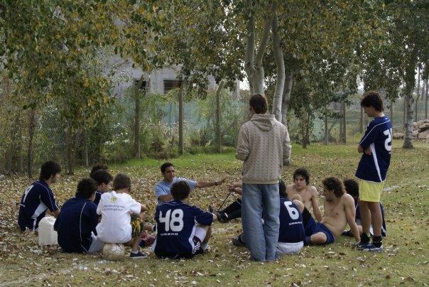 Piensas que el equipo es una forma de ver a los amigos.