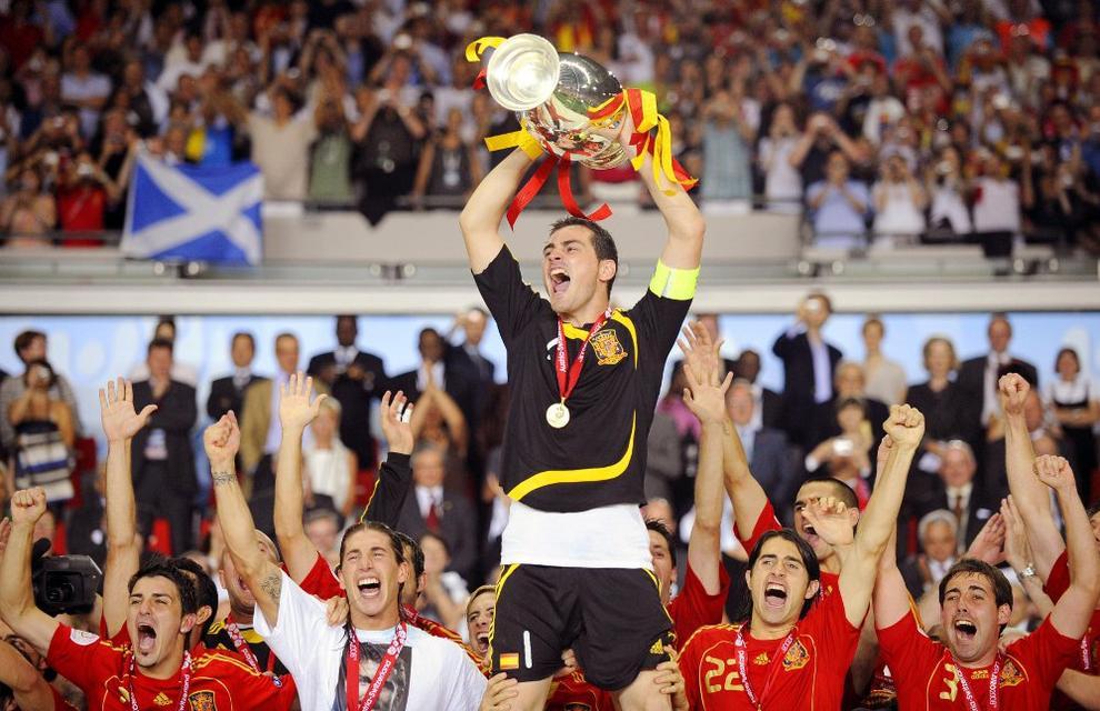 Cuenta con dos Eurocopas en su palmarés