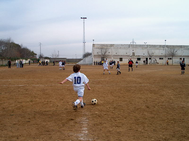 Creciste en los campos de fútbol de tierra.