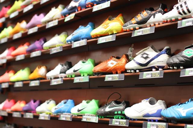 Las 11 botas de fútbol más míticas de la historia