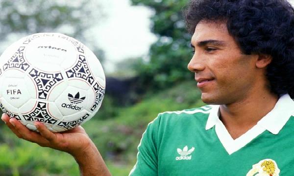 Los 10 mejores futbolistas mexicanos de la historia