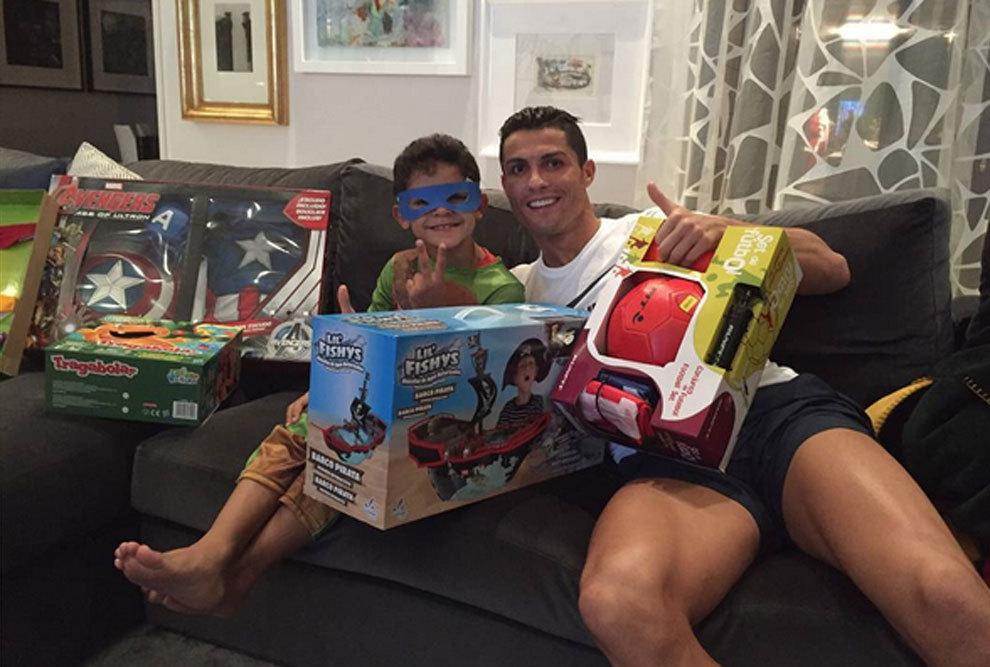 Los mejores regalos que ha hecho Cristiano Ronaldo